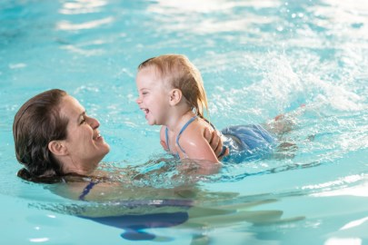 parent and tot swimming